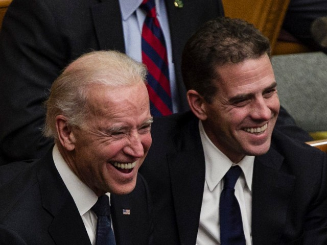joe-biden-refuses-to-take-questions-from-press-on-son's-legal-troubles