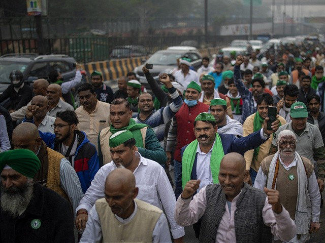 india's-capital-surrounded-by-65,000-protesting-farmers