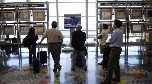 cnn-pulls-out-of-airports-after-30-years,-citing-pandemic