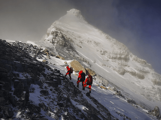 nepal-bans-three-indian-climbers-for-faking-mount-everest-summit-climb