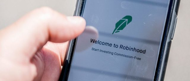 fact-check:-did-robinhood-tweet-'buying-some-stocks-might-be-limited'-due-to-system-upgrades?