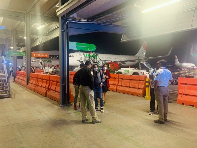 95-migrants-found-in-human-smuggling-attempt-at-border-state-airport-in-mexico