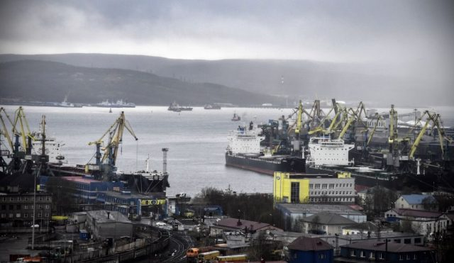 russia-suggests-world-adopt-arctic-trade-route-as-alternative-to-suez-canal