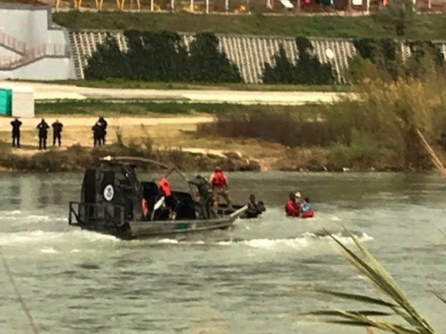 9-yr-old-migrant-girl-drowns-while-crossing-border-into-texas