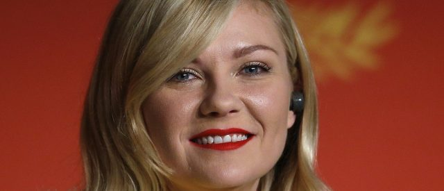 kirsten-dunst-shares-life-changing-news-that-she's-expecting-again