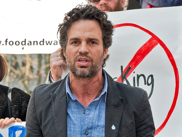 mark-ruffalo:-native-people-are-'marginalized,'-'mistreated'-in-the-'colonial-system'-of-america