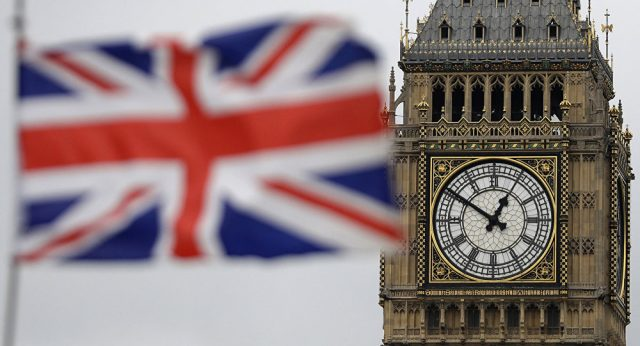 should-the-british-flag-be-flown-in-britain?