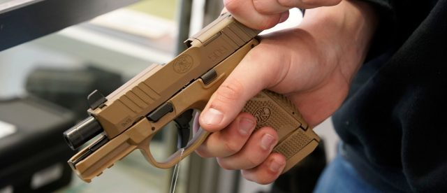 tennessee-gov.-bill-lee-signs-constitutional-carry-into-law