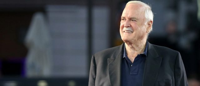john-cleese-says-he'd-'like-to-apologise'-for-'monty-python'-sketches-making-'fun-of-white-english-people'