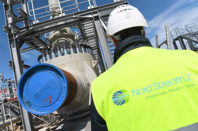 measure-seven-times,-cut-once:-germans-don't-want-nord-stream-2