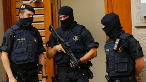 russia-briefly-detains-ukrainian-diplomat-on-spy-charges,-orders-expulsion