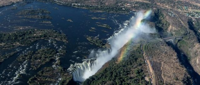 fact-check:-viral-image-claims-to-show-the-zambezi-river-in-zambia-forming-the-shape-of-a-woman