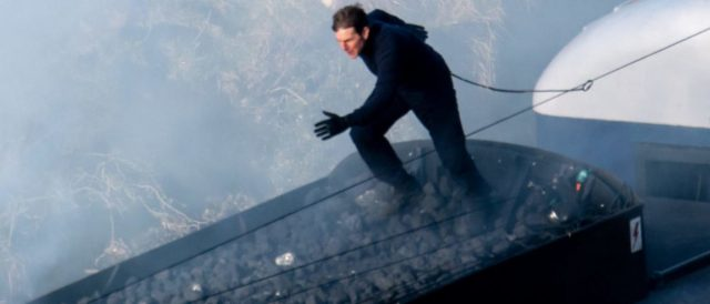 photos-show-tom-cruise's-epic-'mission:-impossible-7'-stunts