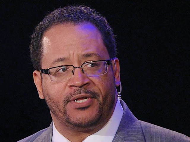 michael-eric-dyson:-white-people-can-help-blm-by-holding-racist-relatives-'to-account'-at-thanksgiving