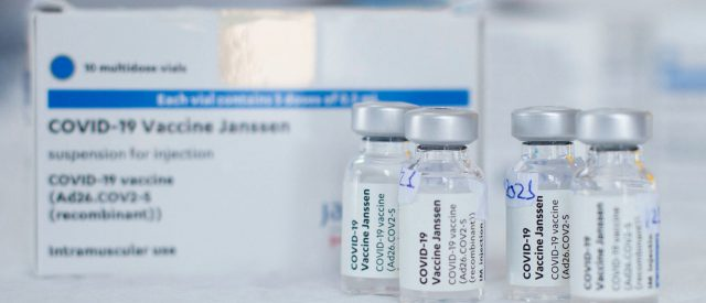cdc-panel-recommends-un-pausing-johnson-&-johnson-vaccine-with-no-change-to-original-recommendation