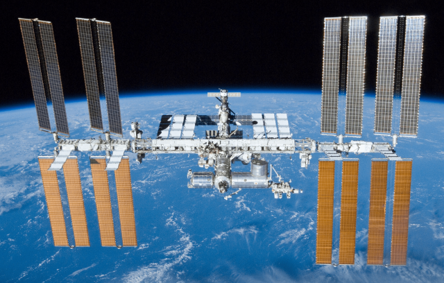 biggest-space-station-crowd-in-decade-after-spacex-arrival
