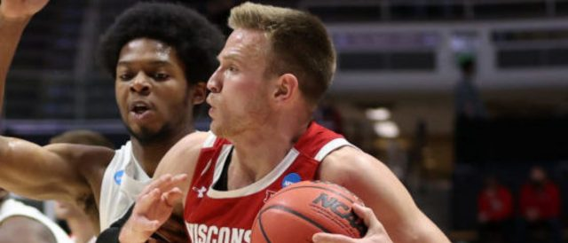brad-davison-explains-his-decision-to-return-to-wisconsin