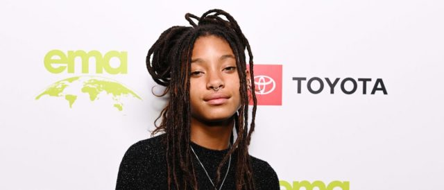 will-smith's-daughter-willow-smith-comes-out-as-polyamorous,-says-she'd-only-date-two-people-at-a-time