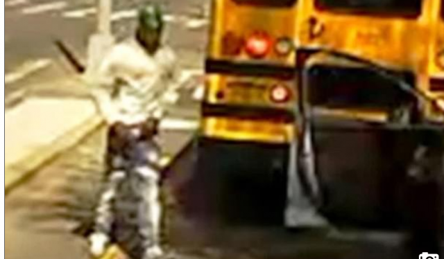 watch-(warning)-–-deranged-motorist-runs-over-school-bus-driver,-leaving-her-in-a-critical-condition;-nypd-manhunt