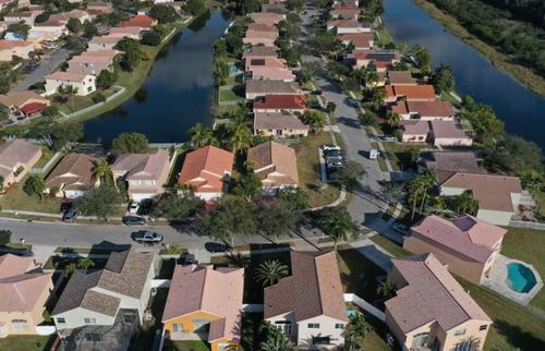 home-prices-are-soaring-so-fast,-they-are-negating-the-benefits-of-low-mortgage-rates