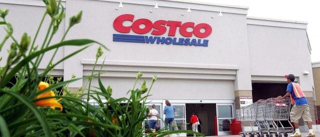costco,-walmart-and-trader-joe's-to-allow-vaccinated-customers-to-go-maskless