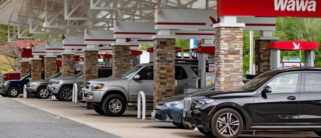 analysis:-how-responsible-is-biden-for-the-fuel-shortage?
