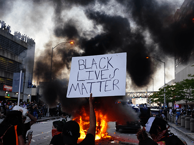 black-lives-matter-declares-solidarity-with-palestinians:-'we-are-committed-to-ending-settler-colonialism'