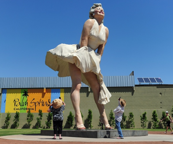 cancel-culture-finds-a-26-foot-tall-marilyn-monroe-in-palm-springs