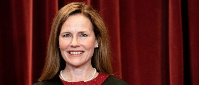 fact-check:-did-the-us-military-place-amy-coney-barrett-under-house-arrest?