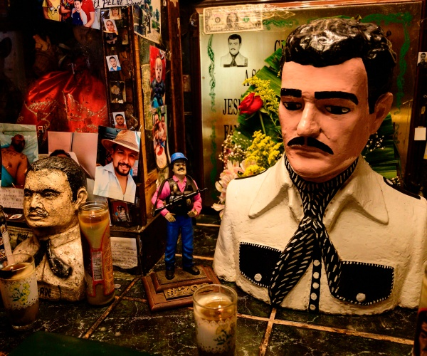 mexico-to-raffle-off-el-chapo's-mansions-and-other-luxury-items