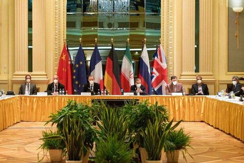 """iran-says-nuclear-negotiators-close-to-agreement-–remaining-barriers-""""not-unsolvable"""""""