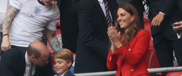 kate-middleton-wows-in-gorgeous-red-blazer-as-she-cheers-on-england-in-euro-2020