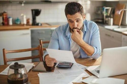 more-than-72-million-americans-are-living-paycheck-to-paycheck