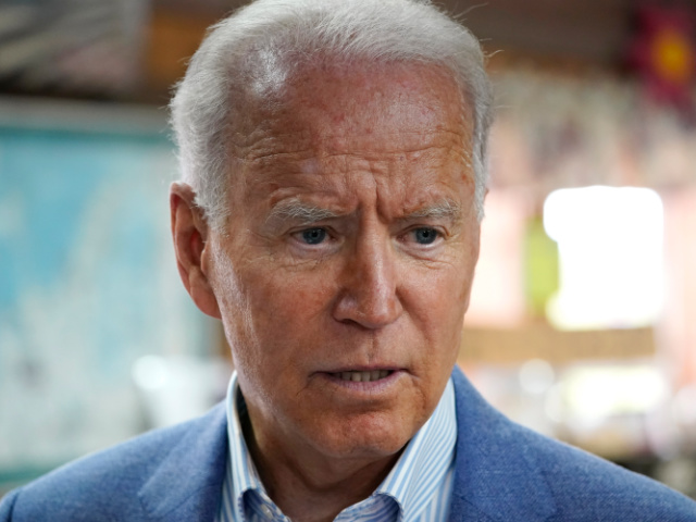 confused-joe-biden-takes-out-notes-to-answer-question-on-russia