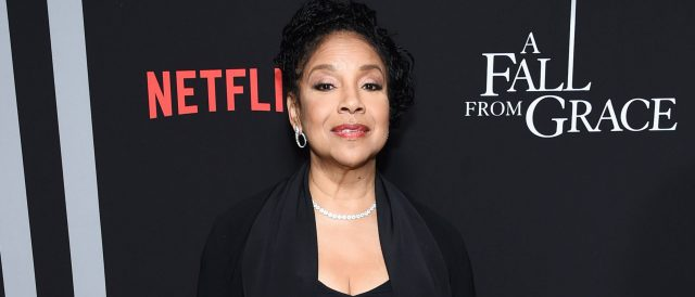 phylicia-rashad,-new-dean-at-howard-university,-apologizes-for-applauding-cosby-release