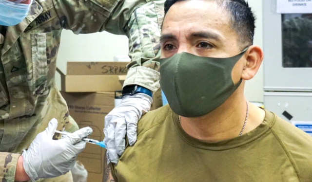military-weighing-mandatory-covid-19-vaccine-after-full-fda-approval