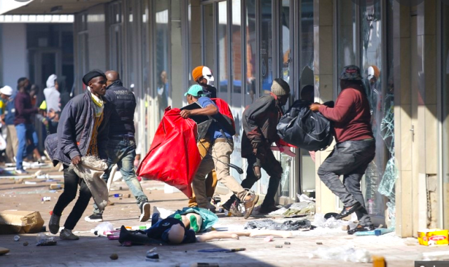 south-africa-under-seige-by-mobs