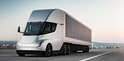 """tesla-semi-that-was-unveiled-in-2017-and-was-supposed-to-come-to-market-in-2019-is-now-""""about""""-to-go-into-production"""