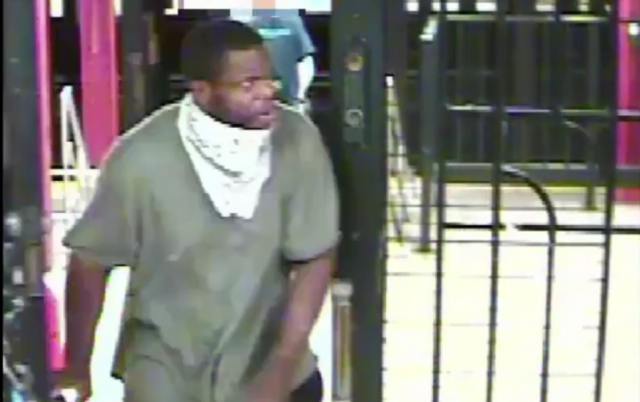 nyc-woman-near-death-after-plunging-down-subway-stairs-during-attempted-robbery