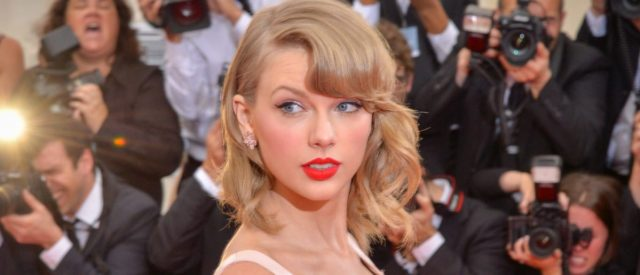 taylor-swift's-'fearless'-(taylor's-version)-album-not-being-considered-for-grammy-or-cma-awards