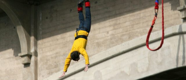 bungee-jumper-plummets-164-feet-to-her-death-after-leaping-off-bridge-without-fastened-cord