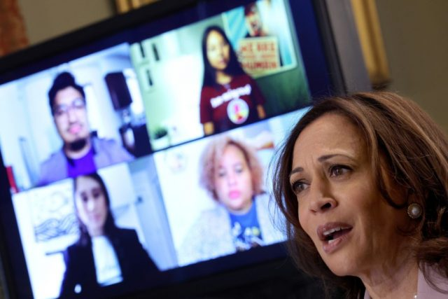 kamala-harris-meets-with-'dreamer'-illegal-immigrants:-'this-is-your-home'