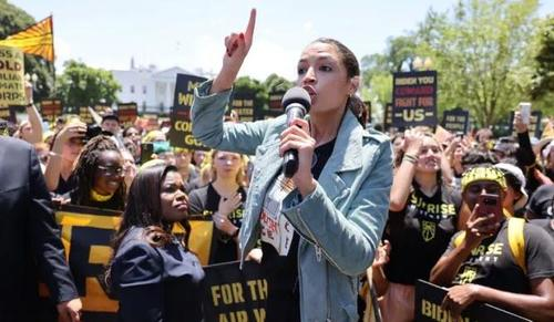 """aoc-goes-after-senator-krysten-sinema-with-a-""""no-climate,-no-deal""""-threat"""