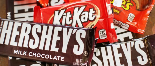fact-check:-is-the-payday-candy-bar-changing-its-name?