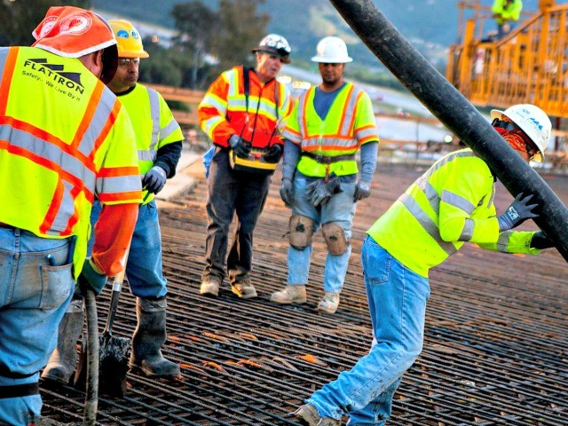 poll:-americans-do-not-support-political-gamesmanship-on-infrastructure